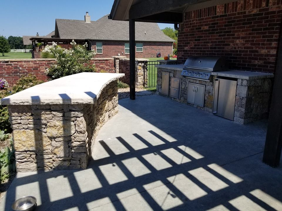 Outdoor kitchens bbqs everything outdoors of tulsa for Outdoor kitchen contractors